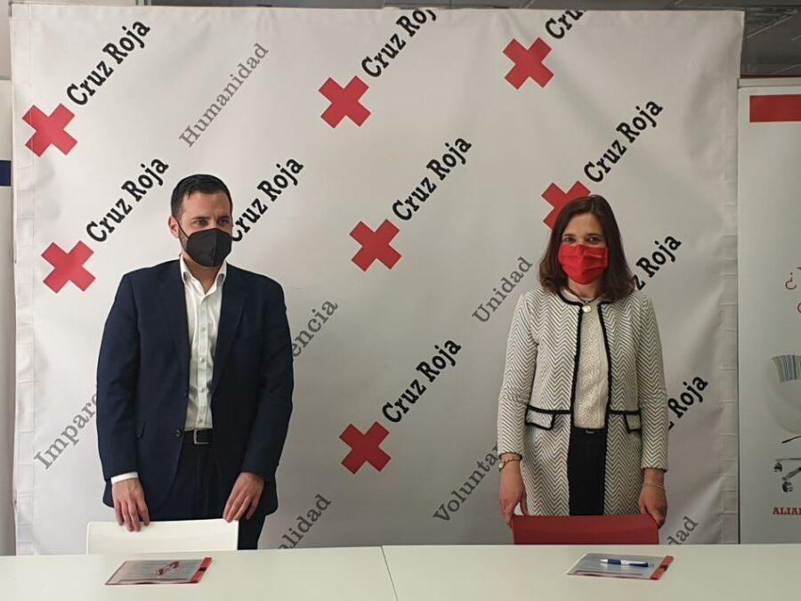 APEC y Cruz Roja se unen por la empleabilidad y la formación de la provincia